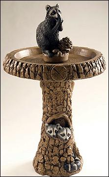 Raccoon Birdbath 412 Ct